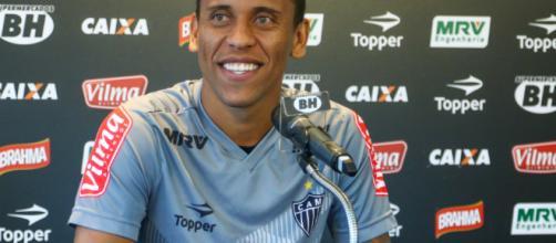 Marcos Rocha pode ir para o Palmeiras em troca feita pelos dois clubes