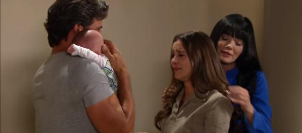 Fernanda sofre por ter de se despedir de seu filho