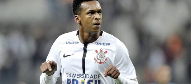 Jô deixa o Corinthians depois de uma temporada vitoriosa