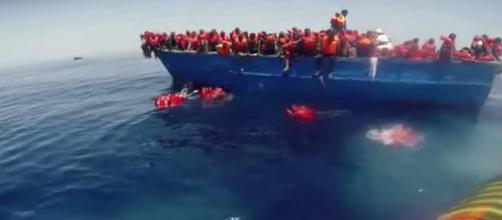 Migranti in un viaggio della speranza