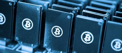 Perché i bitcoin sono crollati? - ilporticodipinto.it