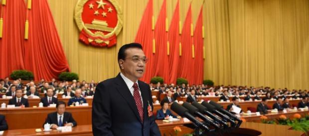 China eleva déficit al 3% del PIB y reduce impuestos de forma general - com.cn