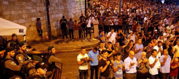 Esplanade des Mosquées : un conflit plus religieux que ... - leparisien.fr