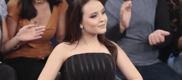 "Larissa Manoela no programa ""Altas Horas"""