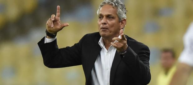 Reinaldo Rueda pode deixar o Flamengo