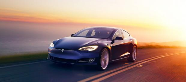 Tesla | Premium Electric Sedans and SUVs - tesla.com