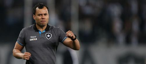Jair Ventura deve ser o novo treinador do Santos.