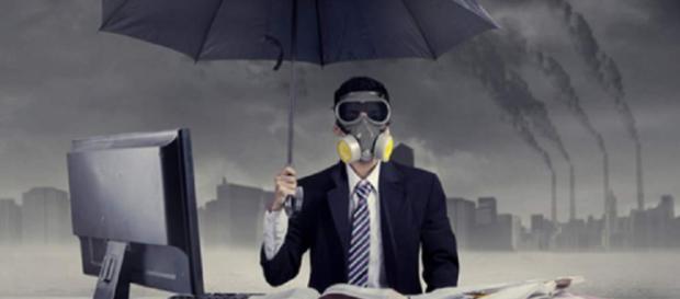 Muchas son las situaciones tóxicas que perjudican el desempeño laboral. - estrategiaynegocios.net