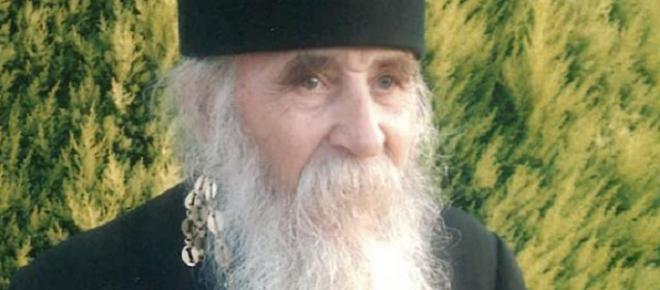 Preotul daniil Horga luptă de o viata pentru a învinge puterile demonice