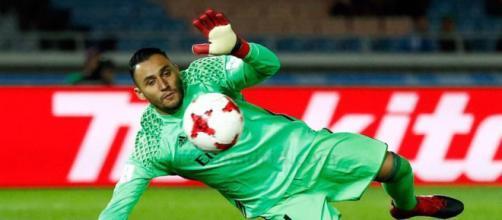 Keylor Navas encumbrado por la FIFA entre los mejores del año ... - cronica.cr