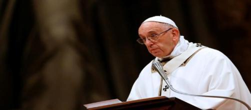 Veillée de Noël : le Pape lance un appel pour protéger les migrants