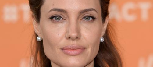 Angelina Jolie: 'No me gusta estar soltera' | PEOPLE.com - people.com