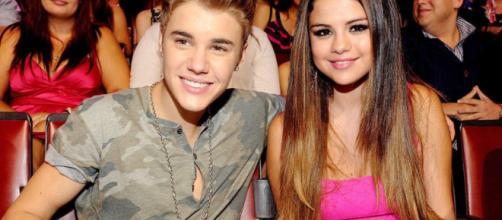 Justin and Selena han vuelto? [#EnFoto] | Rafael J Flores A - rafaeljfloresa.com