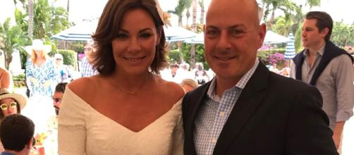 LuAnn De Lesseps poses with former husband Tom D'Agostino Jr. [Photo via LuAnn De Lesseps/Instagram]