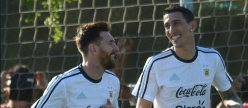 Angel Di Maria pourrait rejoindre le Barça sous demande de Messi
