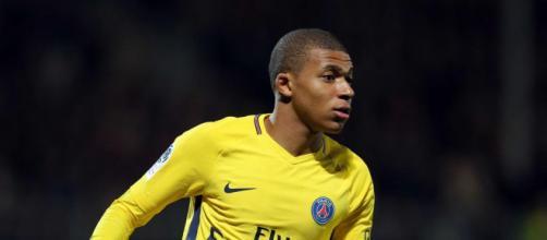 Foot PSG - PSG : Mbappé trahi par le journaliste français pour le ... - foot01.com