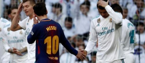 Momento de fair-play no grande clássico espanhol.