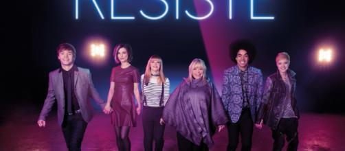 """Résiste"""" de France Gall : le meilleur spectacle musical depuis 15 ans - rtl.fr"""