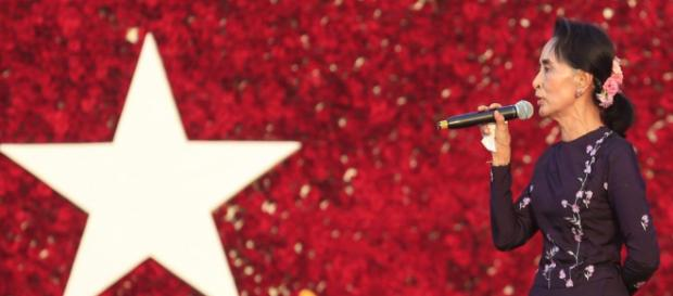 Aung San Suu Kyi, Consejera del Estado de Birmania. - birmanialibre.com