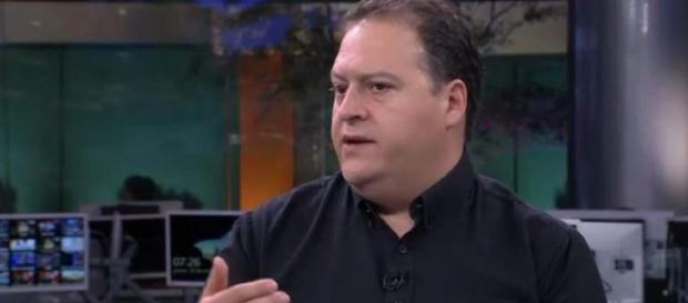 Escobar durante entrevista para canal do México