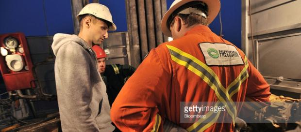 Shale Gas Exploration In Poland Photos and Images | Getty Images - gettyimages.com