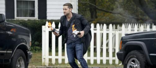 'The Blacklist' season 5: Tom to return 'here and there'? Ryan Eggold explains - [Image via The Blacklist/YouTube]