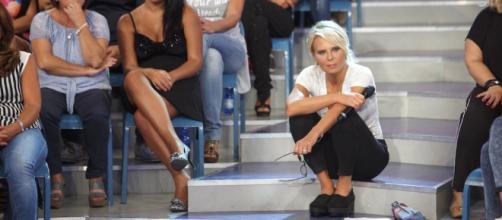 Uomini e Donne Trono Over: una storica protagonista lascia il programma? - panorama.it