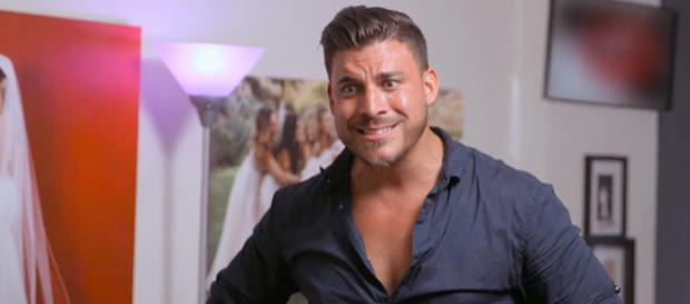 Jax Taylor looks concerned on 'Vanderpump Rules.' [Photo via Bravo TV/YouTube]