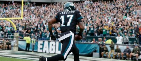 Eagles sign WR Alshon Jeffery to 4-year extension | NFL (Image Credit: Sportingnews/Youtube screencap)