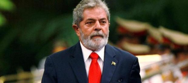 Ex-presidente Lula lidera nas pesquisas para as eleições 2018.
