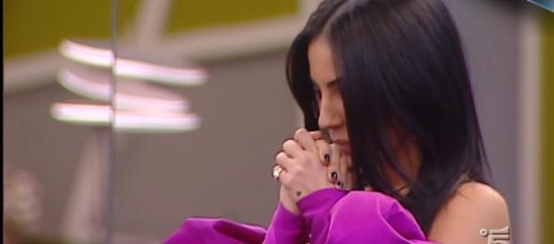 Grande Fratello Vip, Giulia De Lellis in lacrime