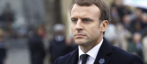 Emmanuel Macron supprimera totalement la taxe d'habitation dès ... - challenges.fr