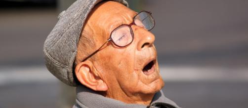 Gli anziani dormono male e non poco - Flickr Hive Mind - hiveminer.com