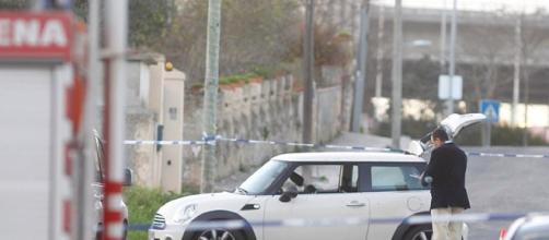 O Mini branco usado pelos assaltantes no assalto e na perseguição policial