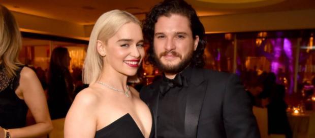 """Emilia Clarke dice que no está segura de que """"alguien esté listo"""" para la temporada 8"""