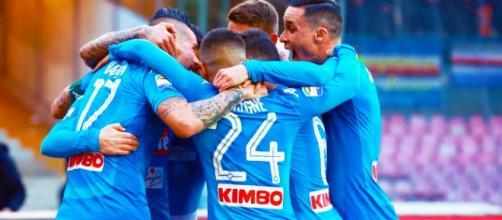 La SSC Napoli festeggia dopo un gol