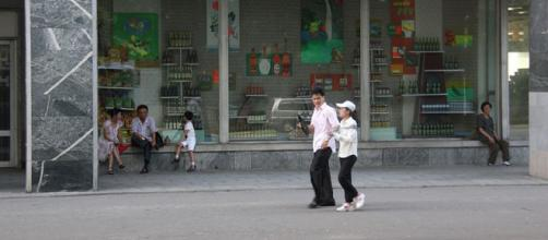 People in Pyongyang. - [Image credit – Laika ac, Wikimedia Commons]