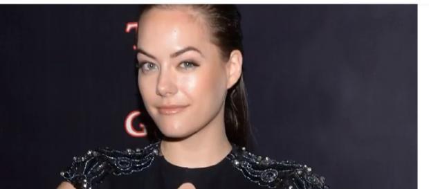 Annika Noelle will now portray Hope Logan on 'B&B.' - [Image via BB Daily News Update / YouTube screencap]