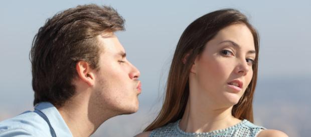 Evitar qualquer tipo de contato é o melhor caminho para mantê-lo distante (Imagem/Reprodução)