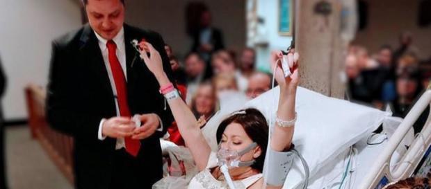 Heather Mosher s-a căsătorit cu David înainte de Crăciun, cu câteva ore înainte de a muri - Foto: Daily Mail (© Christina Lee/Facebook)