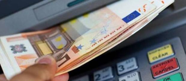 Il fisco controlla i prelievi o i versamenti sul conto corrente?