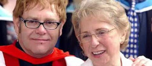 Sir Elton John mourns his mother;s passing, glad they made peace in time. Image cap Aban Famous News/YouTube