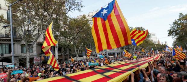 Apoyo a la independencia de Cataluña se dispara en las encuestas ... - com.uy