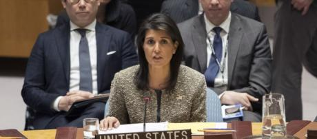US Pulls Out of UN Migrant and Refugee Pact - voanews.com