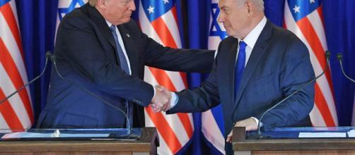 Il politico Trump infiamma e divide, anziché favorire la pace in Israele.