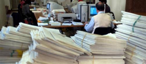 Rinnovo contratto statali: entro Natale la firma, novità e sanzioni per gli assenteisti