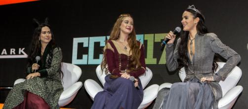 Tatá Werneck, Marina Ruy Barbosa e Bruna Marquezine no Comic Con Experience 2017. (Foto Globo GShow).