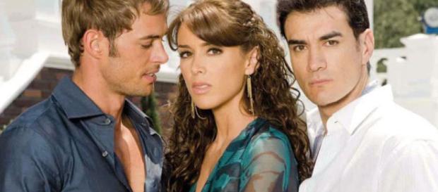 Alessandro, Bruno e Maria José; personagens da novela 'Sortilégio', atual novela transmitida pelo SBT. (Foto Reprodução)