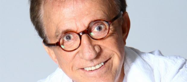 Ator Moacyr Franco atuava no humorístico 'A Praça é Nossa'