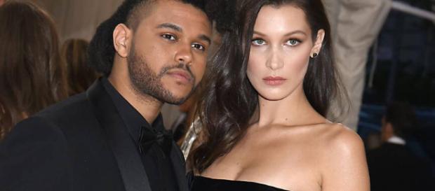 The Weeknd vor seiner Trennung mit Bella Hadid. Nun sind die beiden erneut zusammen zu sehen.